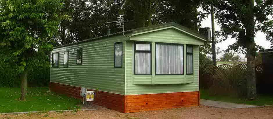 Luxury Outside There Is A Large Sweeping Drive Which Runs To Either Side Of The Property Which To One Side Leads To A Large Double Detached Garage And Useful Side Store Area Ideal For A Caravan, Boast Or Small Motor Home Gated Access Leads To The